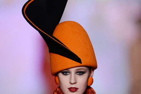 fashion-hats-for-small-heads