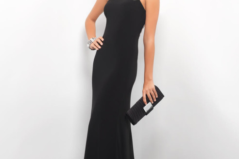 black-evening-dress-with-red-shoes
