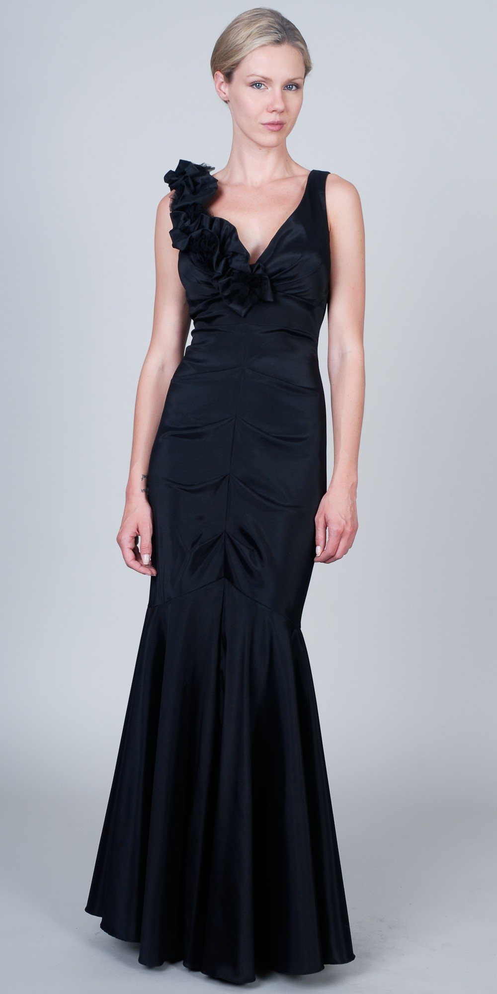 Black evening dresses plus size - Style Jeans