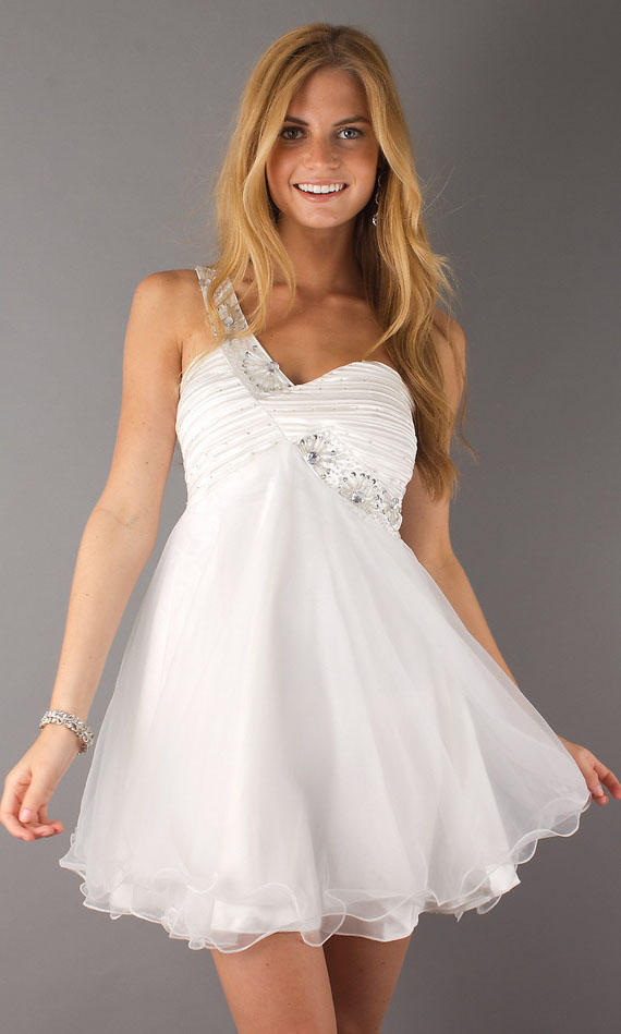 Pretty White Tail Dress