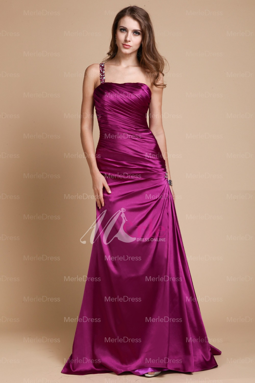Satin dresses – Satin dresses for girls help the person to attain ...
