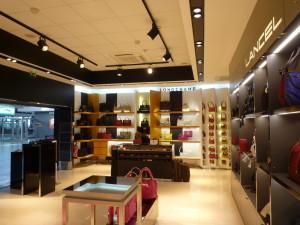 shop fashion online