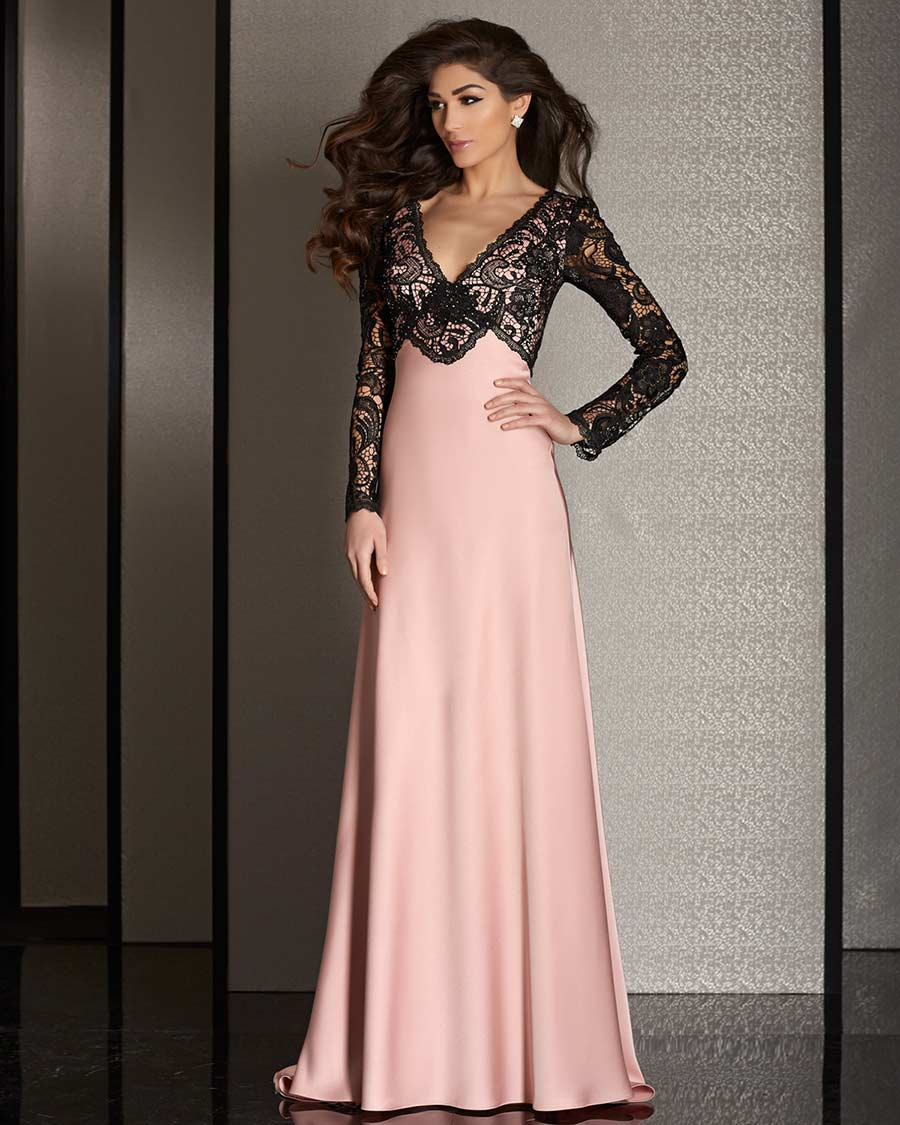 Whether it's a wedding or a charity gala, your prom or homecoming, a special date or a company party, LightInTheBox offers all types of special occasion dresses for all types of celebrations. Explore thousands of special occasion dresses images to find your perfect look.