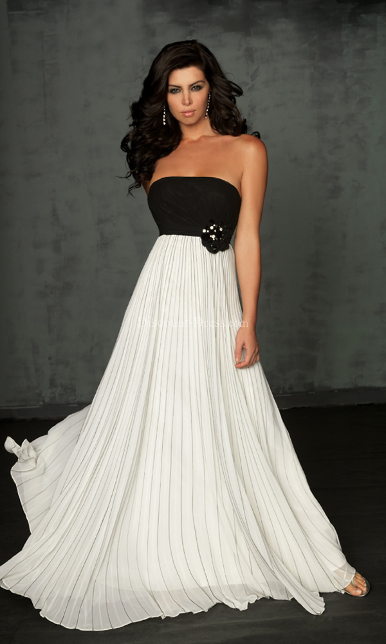 Black and white formal dresses for juniors - Style Jeans