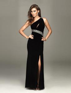 black evening gown plus size