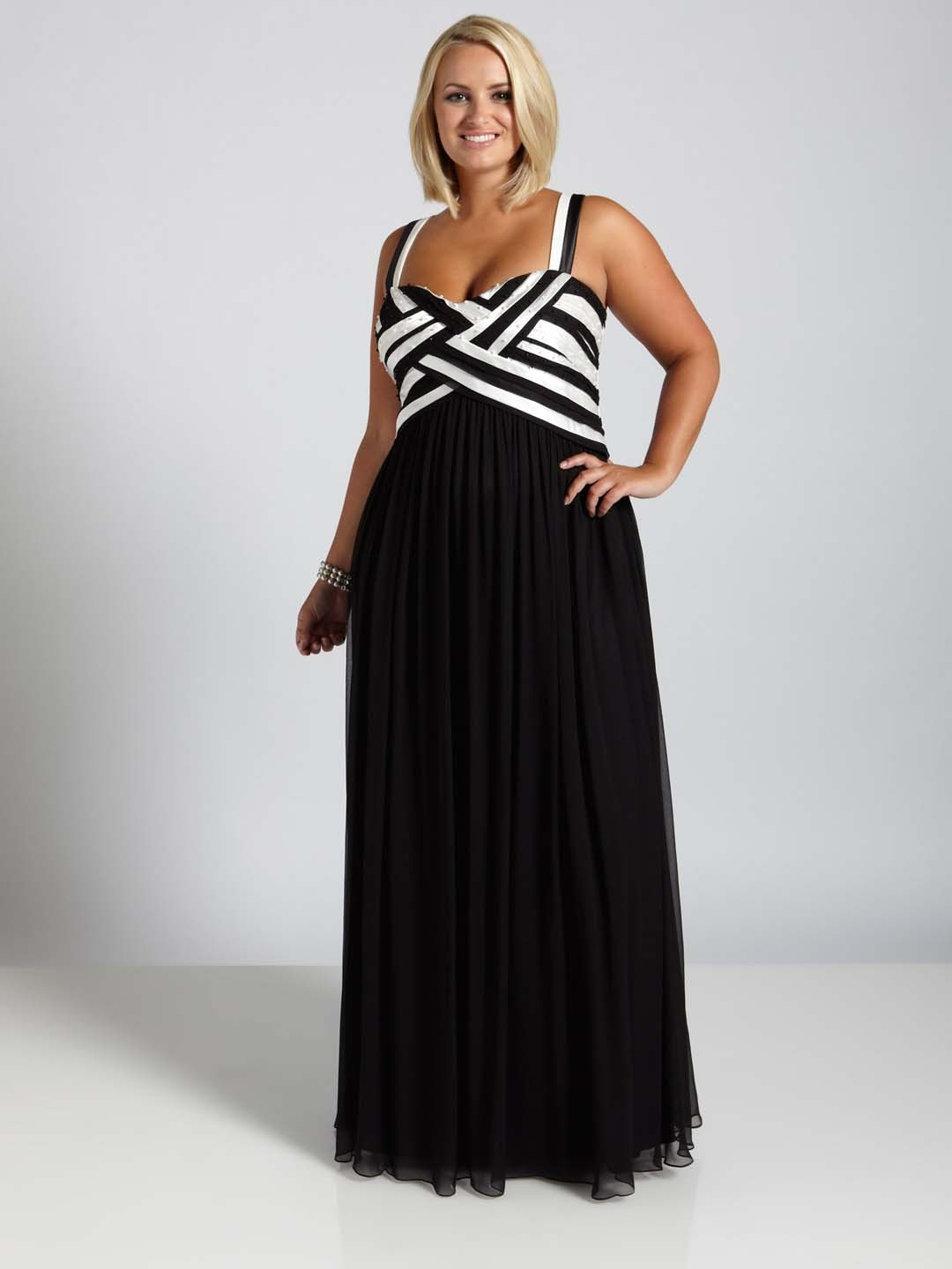 Plus size black party dresses uk