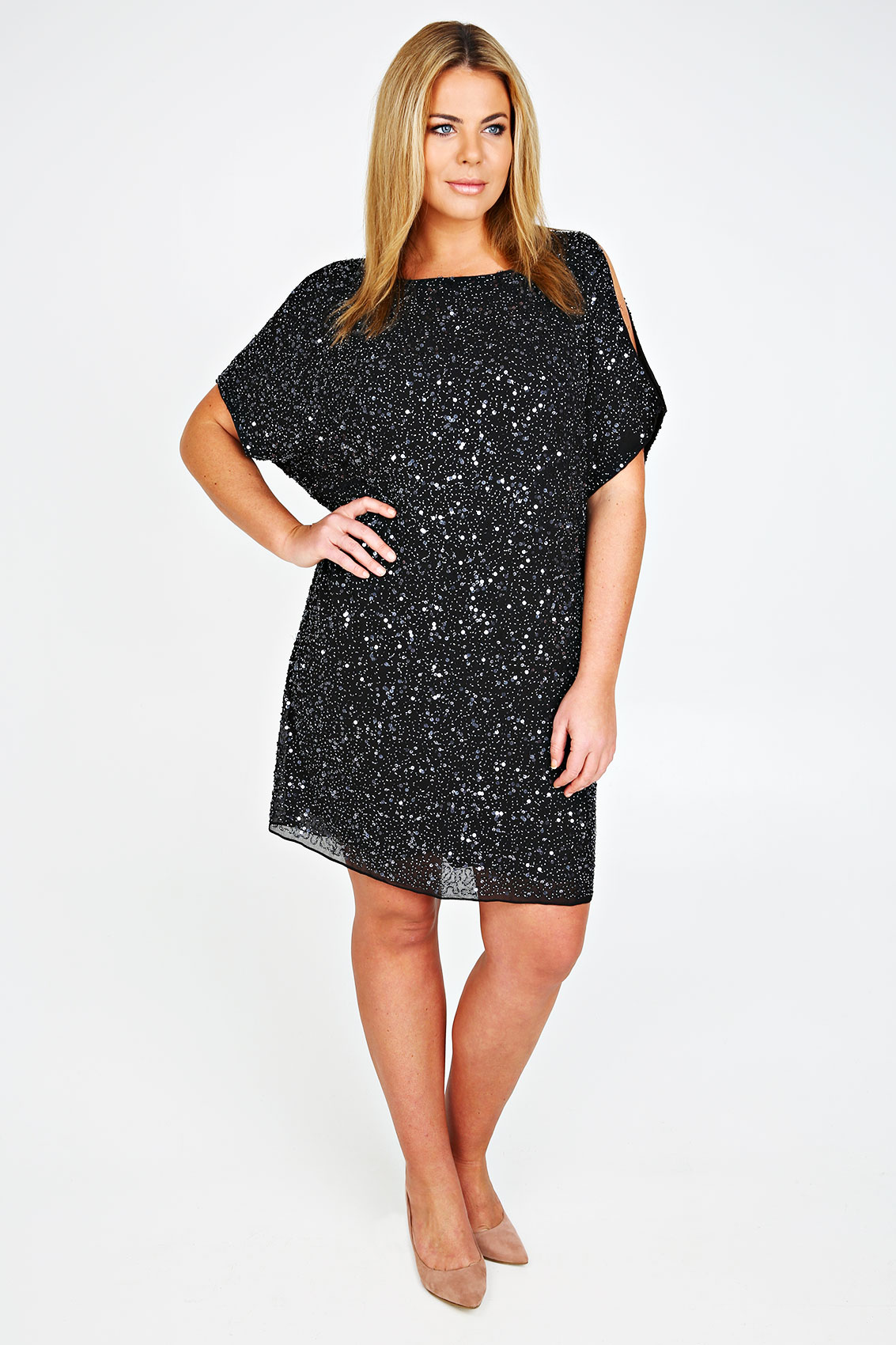 Shop Dillard's selection of women's plus-size cocktail and party dresses.