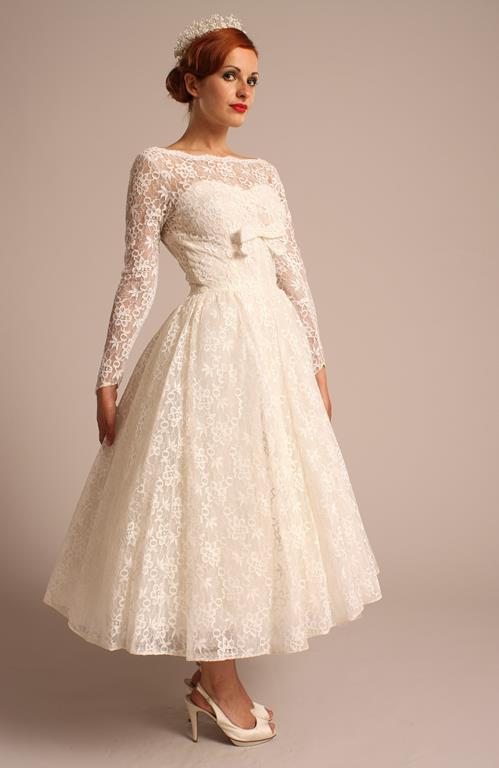 The things you should consider when buying cheap vintage for Vintage wedding dresses for cheap