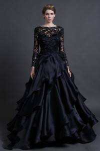Tips In Choosing Black Lace Wedding Gowns
