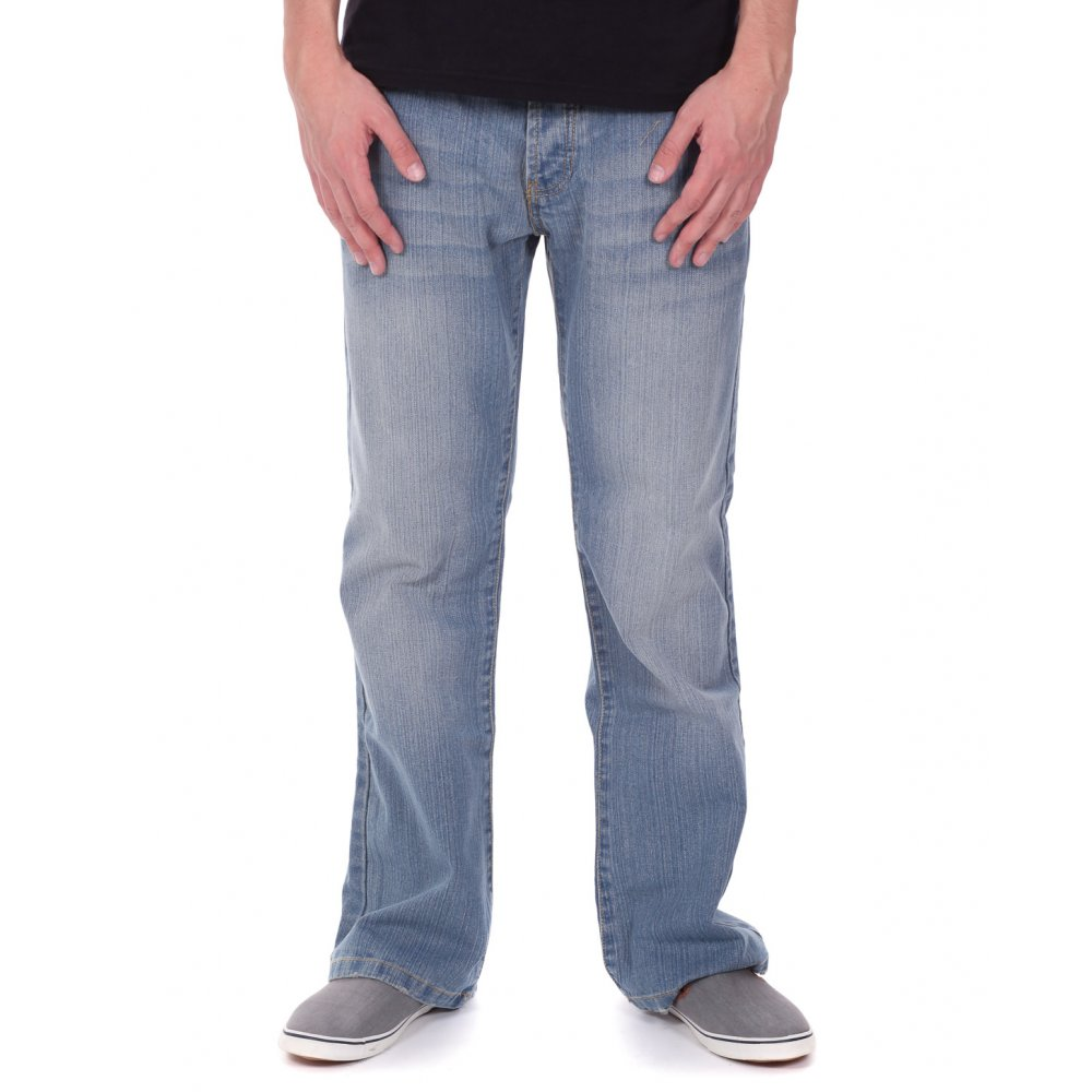 Fashion Tips For Wearing Bootcut Style Jeans