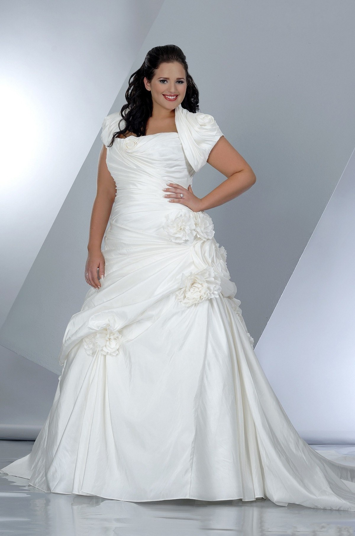 Cheap plus size wedding dresses uk only wedding dresses for Budget wedding dresses uk