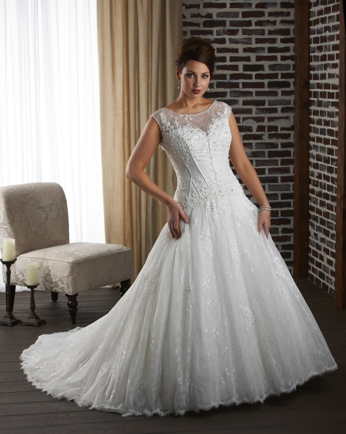 Plus size fall dresses for a wedding style jeans for Best wedding dresses for short fat brides